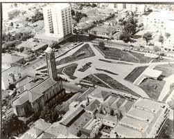 Praça Tubal Vilela no começo de 1960.